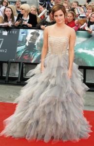 Celebrity Look: Emma Watson