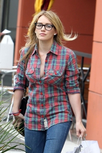 hilary_duff_glasses