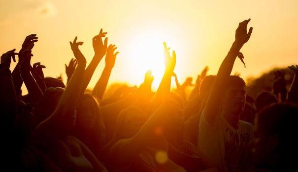 1372240177-music_festivals