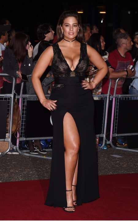 Ashley Graham plus size model red carpet