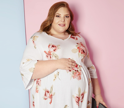 We Talk Breastfeeding Tips & Nursing Clothing With Hollie Burgess