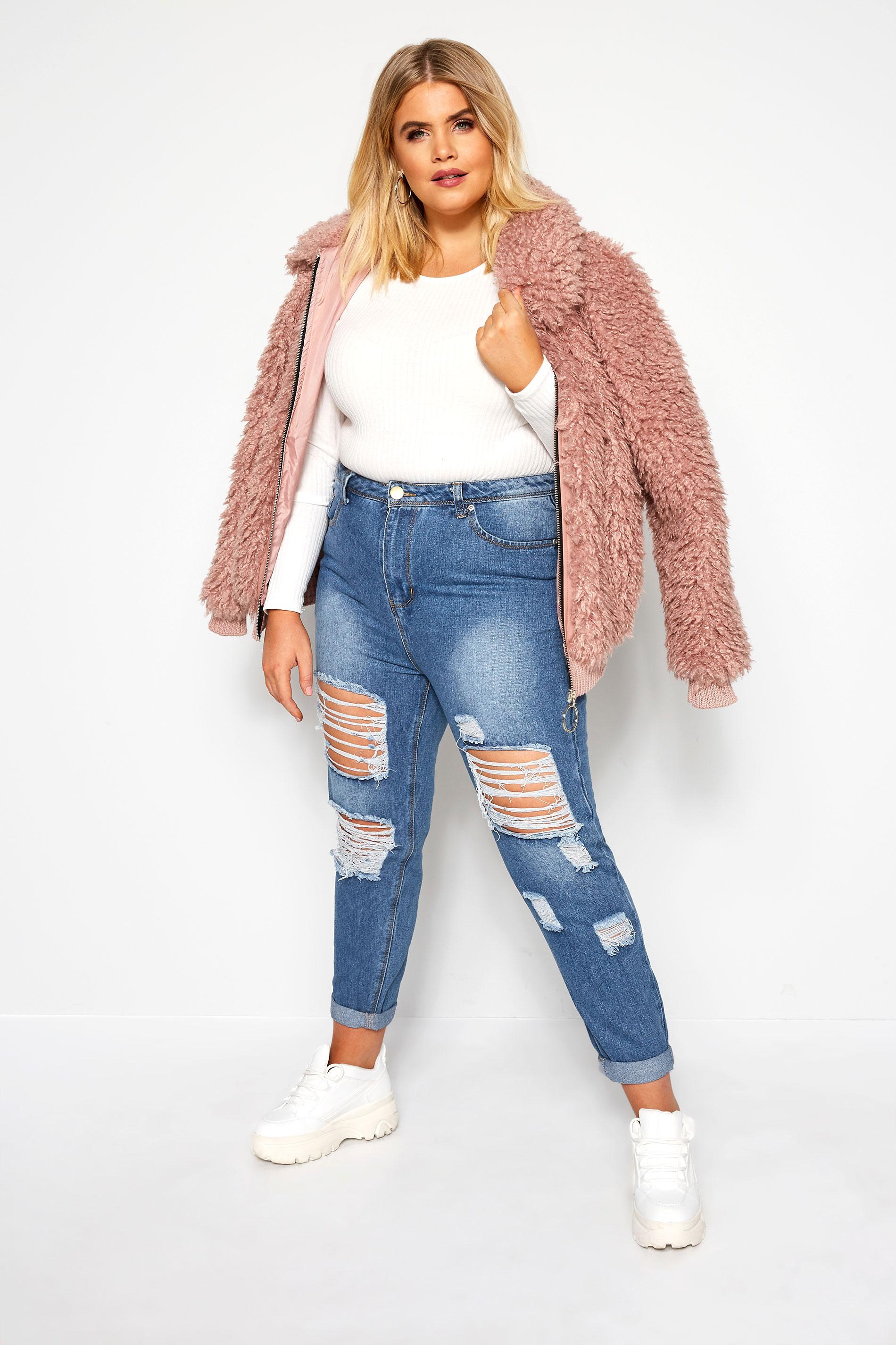 Ways To Wear: Mom Jeans